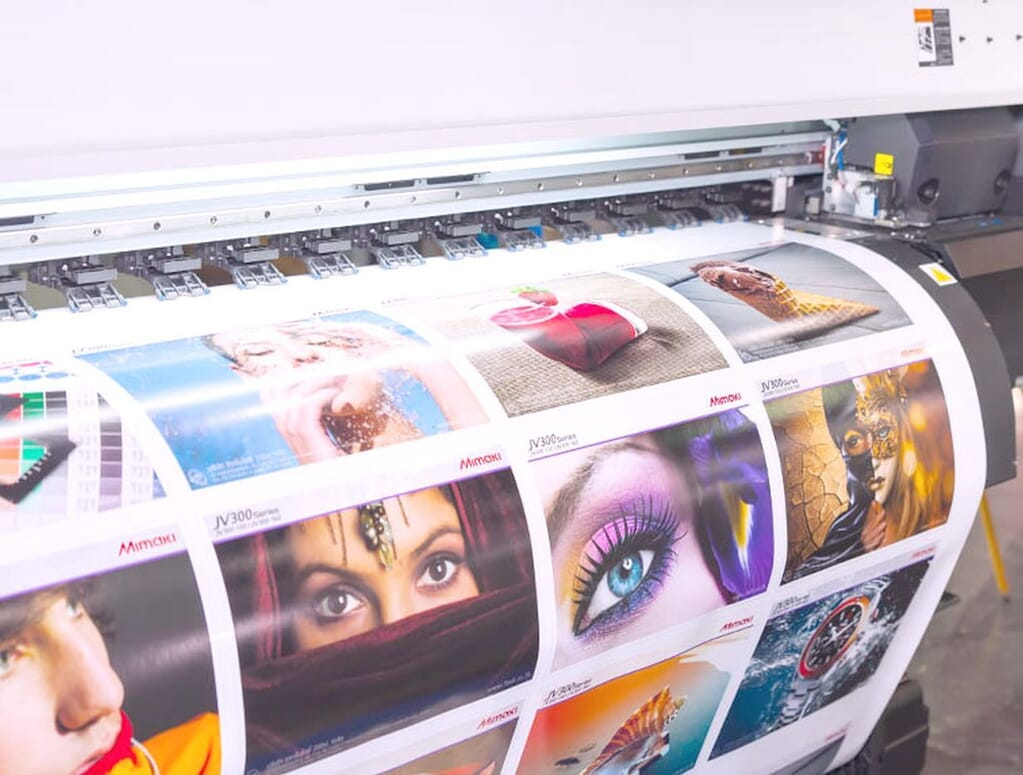 Eco solvent printing on opaque vinyl